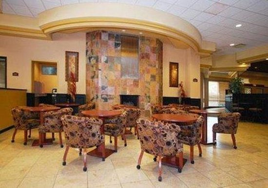 Clarion Hotel and Conference Center: Recreational Facilities