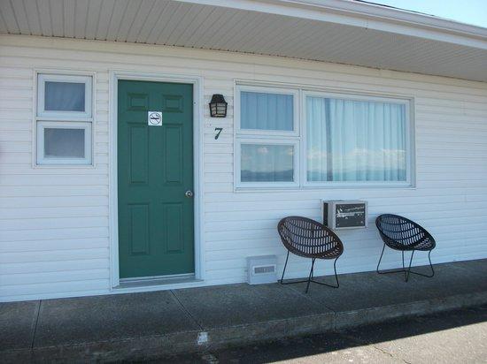 Motel Au Vieux Fanal : Vue de l'extérieur du Motel