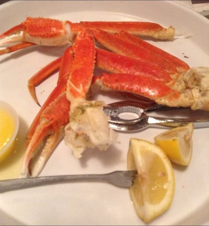 Awful Arthur's Oyster Bar: Perfect Alaskan Crab legs with drawn butter