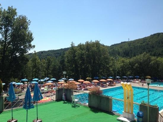 Pietralunga, Italie: Piscine di Candeleto