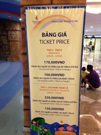Vinpearl Land Water Park - Royal City: prices at 26/8/13