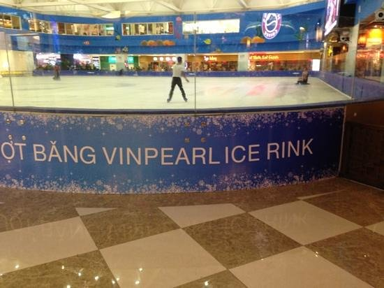 Vinpearl Water Park: and yes, of course they have ice too!!!!
