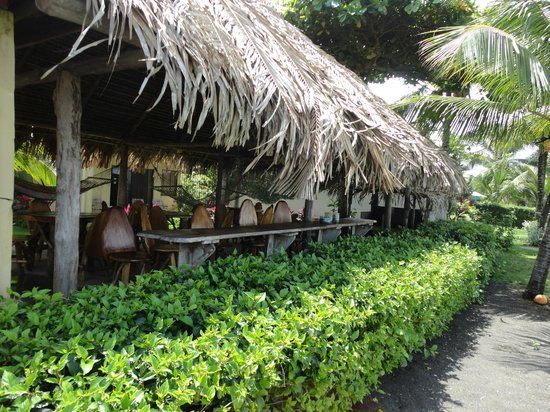 Sandpiper Hotel : Lookout/ social area on the beach