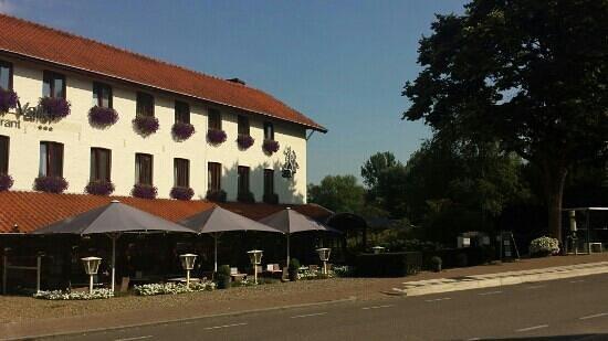 Hotel Restaurant Slenaker Vallei: outside front