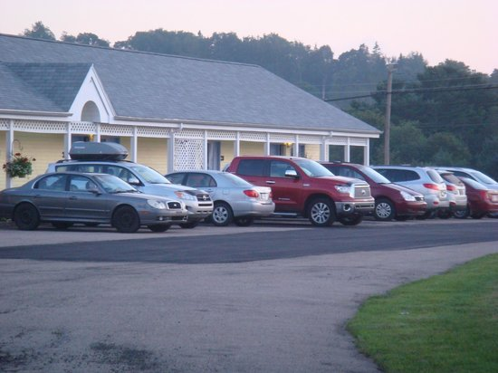 Annapolis Royal Inn: 30 Rooms