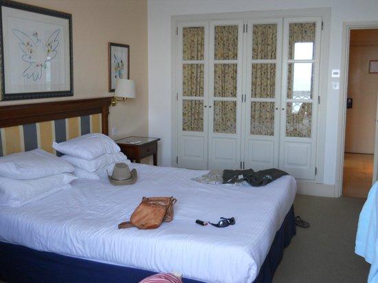 Caleta Hotel: Double bedroom