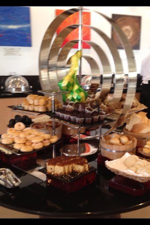 Holiday Inn Melaka: Breakfast spread