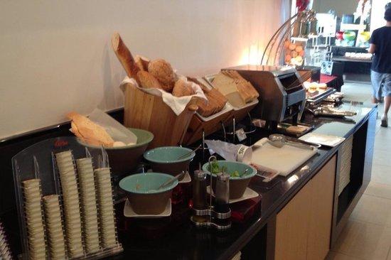 Holiday Inn Melaka: Breakfast breads