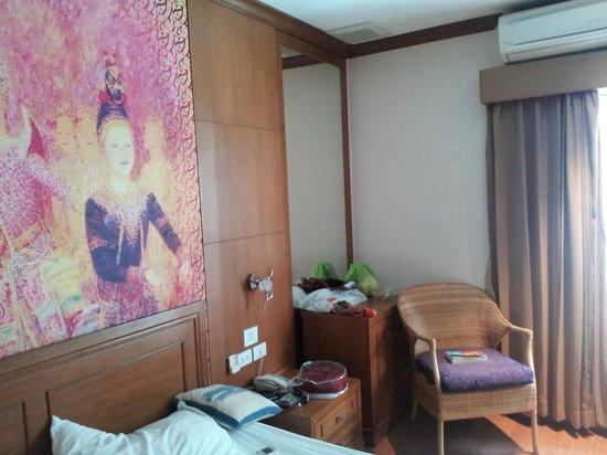 Baan Sukhumvit Inn Soi 18: room