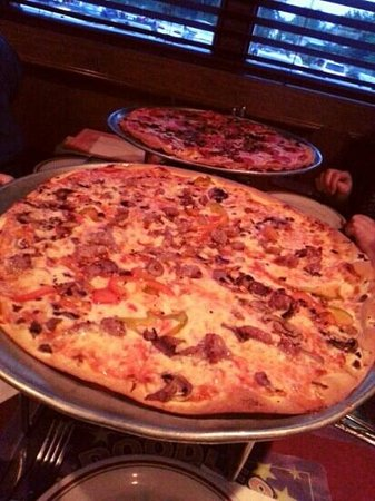 Pete and Elda's Bar/Carmine's Pizzeria