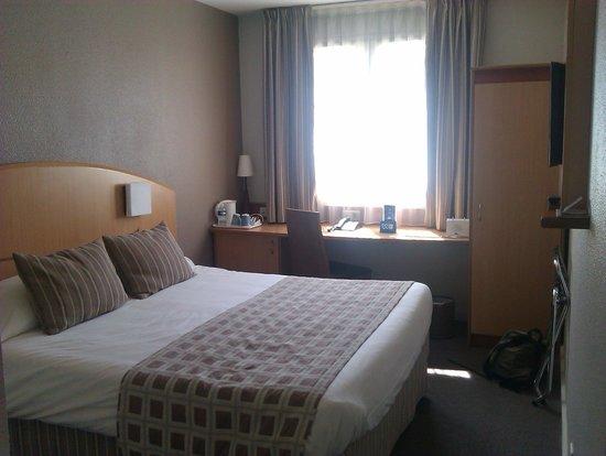 Kyriad Montpellier Centre - Antigone: habitación