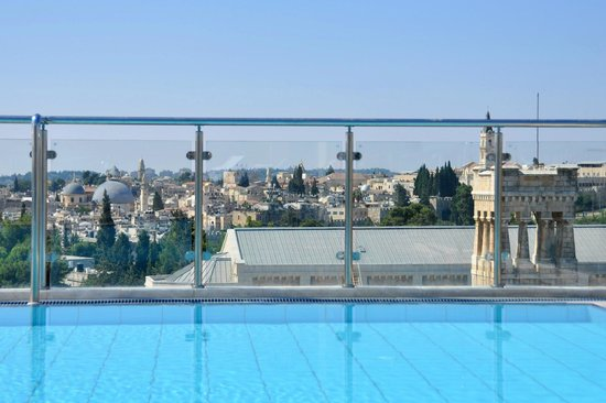 St. George Hotel Jerusalem : Best View of Jerusalem from the rooftop Pool!