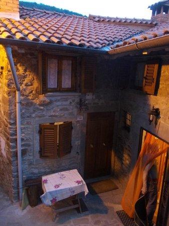 Holiday House Il Borgo dei Corsi: Scorci...