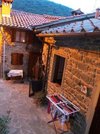 Holiday House Il Borgo dei Corsi: Scorci dalla ns finestra