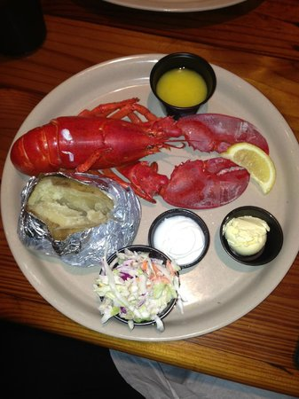 Miller's Ale House Davie: Great value Lobster Lunch!