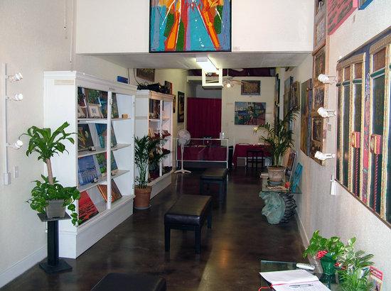 G.Lee Gallery: G. Lee Gallery interior