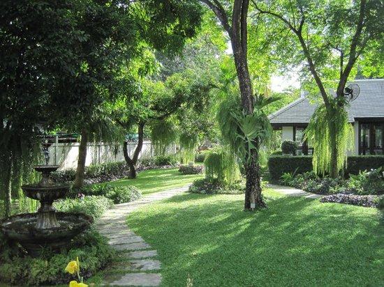 Picture of nakara jardin chiang mai tripadvisor for Restaurant jardin thai