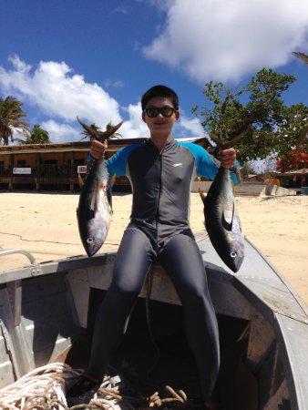 Mana Lagoon Backpackers: Go fishing