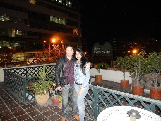 Hotel Sierra Madre: Terraza del hotel