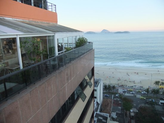 Golden Tulip Ipanema Plaza: view of Ipanema beach from the roof top