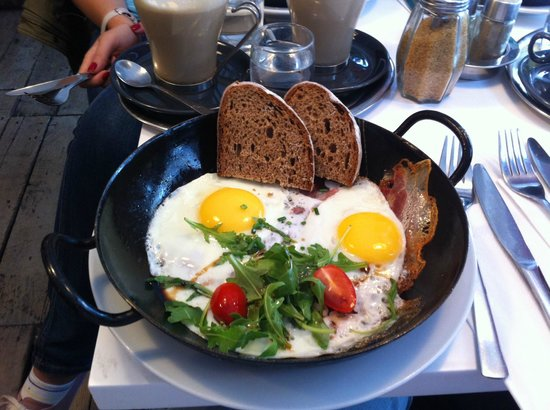Kipferl: Breakfast