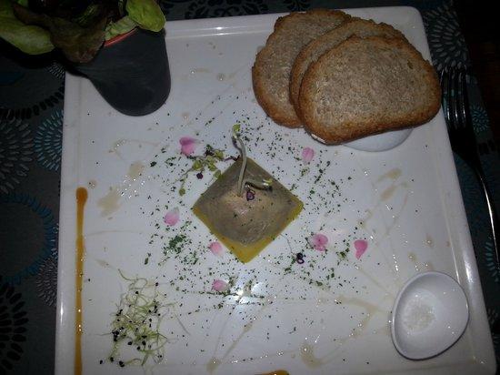 Le Tripot: Pyramide de foie gras maison