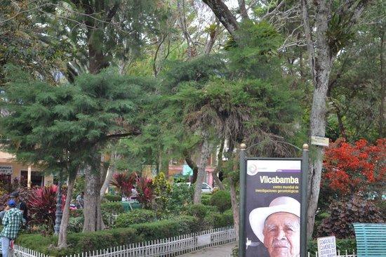 Hosteria Izhcayluma: Vilcabamba plaza central