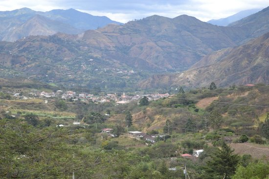 Hosteria Izhcayluma: View of Vilcabamba from Hosteria