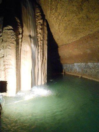 La Grotte de Trabuc : *