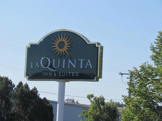 La Quinta Inn & Suites Kalispell: ป้ายชื่อโรงแรม