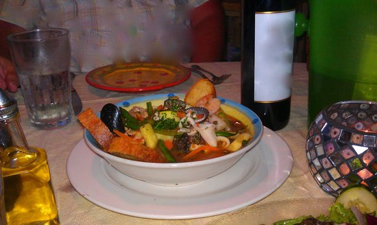 Paolo's Bistro: the best cioppino EVER
