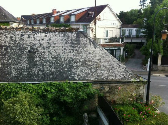 Auberge du Bon Laboureur: view out the window toward another hotel