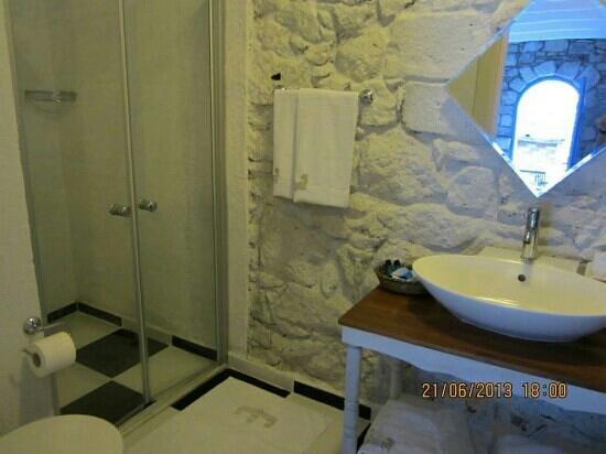 Alacati Eski Ev Hotel : banyo