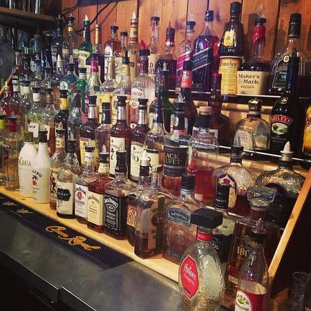 JR's Hideaway : See anything you like?