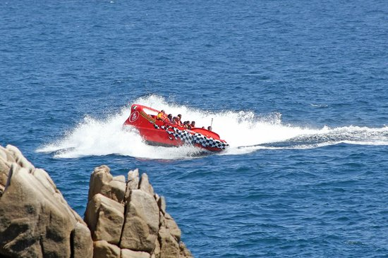 Cabo Thriller Jet Boat: Anjoy an ADRENALINE rush!