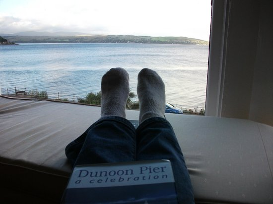 Undercliff Bed & Breakfast: Not my feet
