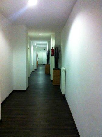 ArtHotel City: Pasillo del hotel