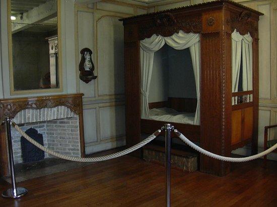 Château-Musée : chambre
