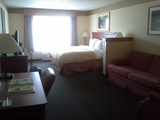 Country Inn & Suites By Carlson, Madison Southwest: Room