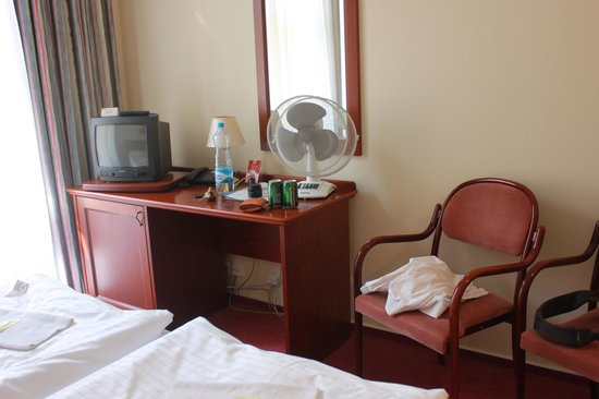 Hotel Lunik: room