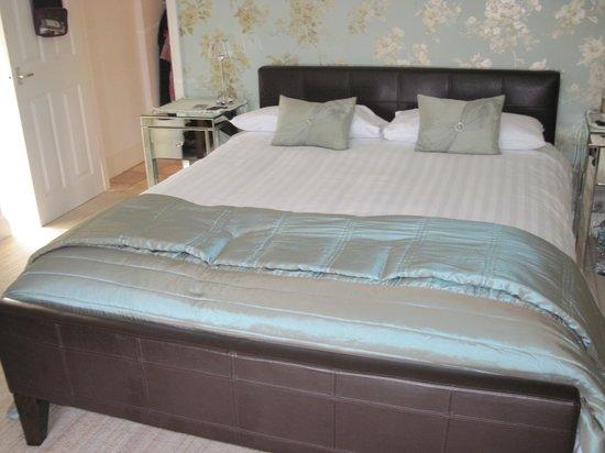 Sefton Court Hotel: comfy bed
