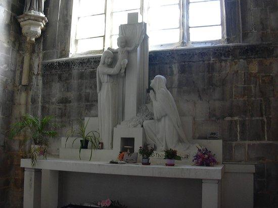 Église Saint-Jacques : Ste Thérese de Lourdes