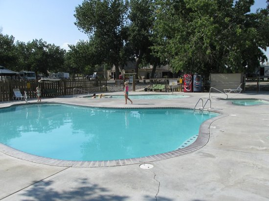 Cody KOA : pool area