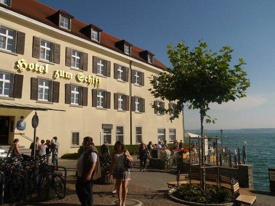 Hotel zum Schiff: ホテル外観
