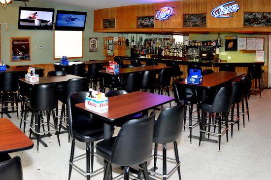 Yellowstone River Inn: Lounge