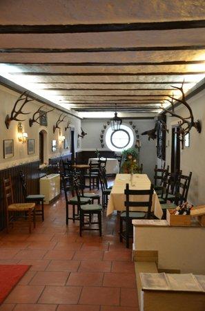 Hotel Schloss Eggersberg: Breakfast room