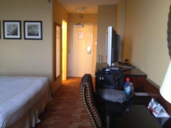 Atlanta Airport Marriott : Room