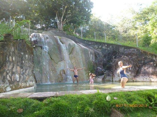 Viver Hotel Fazenda: Banho de cachoeira