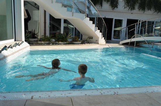 Hotel Belvedere: Pool
