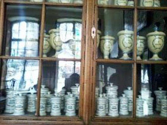 Couven Museum: la farmacia